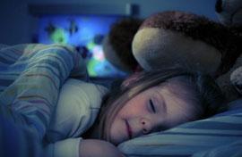 Hoảng hốt phát hiện camera phòng ngủ bị tin tặc tấn công